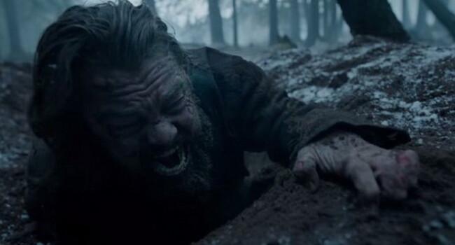 Imaginea superba cu Leonardo DiCaprio din timpul filmarilor la The Revenant! Cum a fost pregatit 5 ore pentru lupta cu ursul