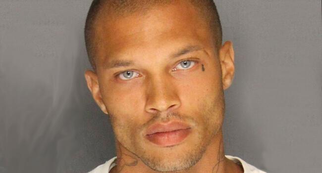 Cel mai sexy detinut a ajuns sa traiasca in lux, dupa ce a devenit celebru in urma unei arestari