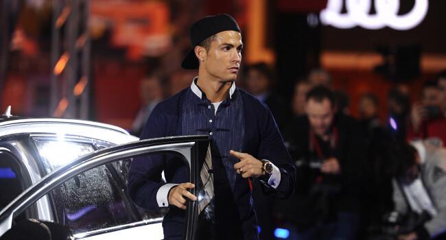 Ronaldo, Bale & Co au primit masini de 2.5 milioane euro. Zidane si-a ales cea mai tare masina din curtea Realului. Ce model va conduce
