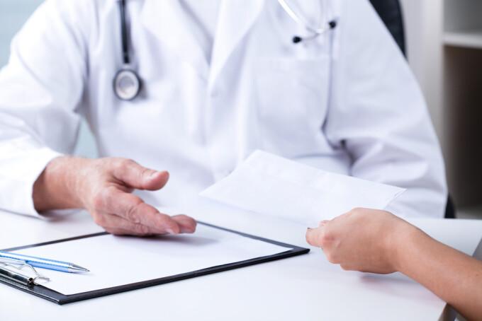 medici, salarii