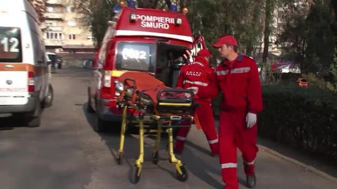 echipaj SMURD lanaga ambulanta