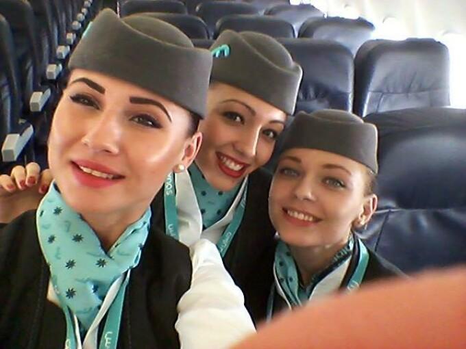O companie de aviatie din Arabia Saudita recruteaza la Cluj 50 de insotitoare de zbor