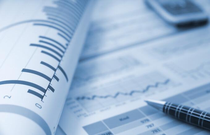Analysis, economy, deficit