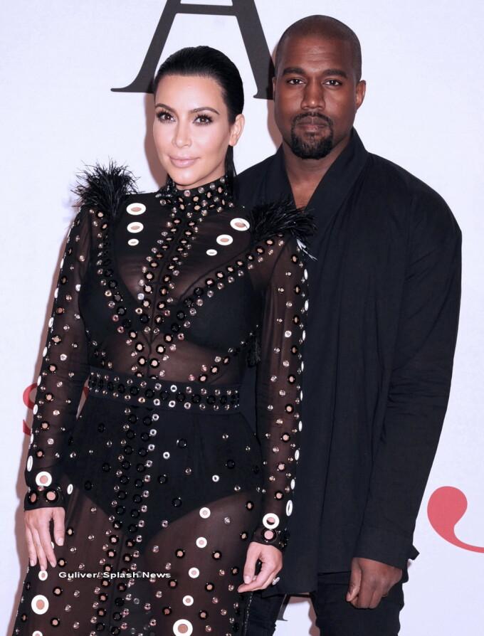 Kim Kardashian si Kanye West - splash