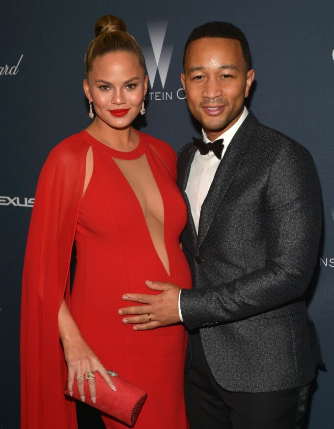 Chrissy Teigen si John Legend