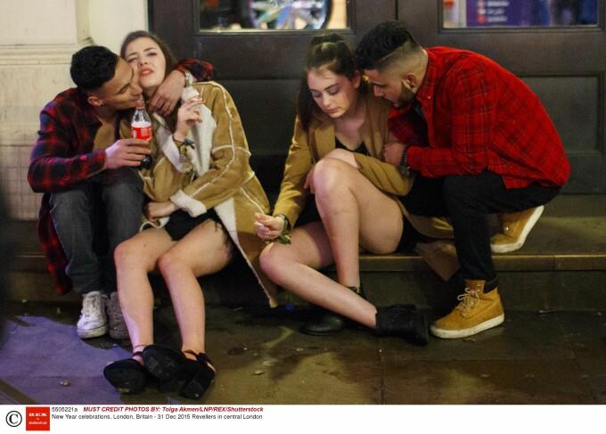 tineri beti Londra - Rex