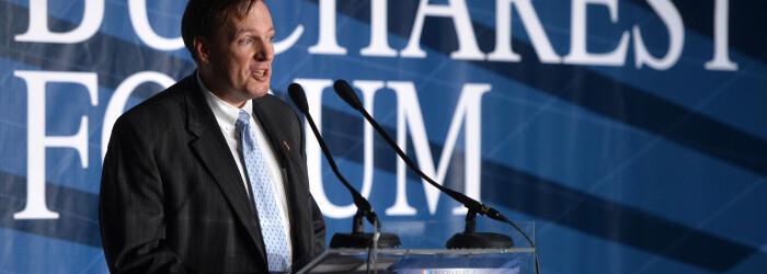Atasatul cu afaceri al Ambasadei SUA, despre cazul Mircea Basescu, taxa pe stalp si influenta Rusiei
