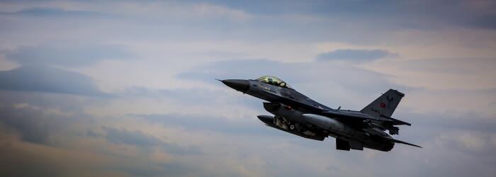 Avion militar turc - GETTY