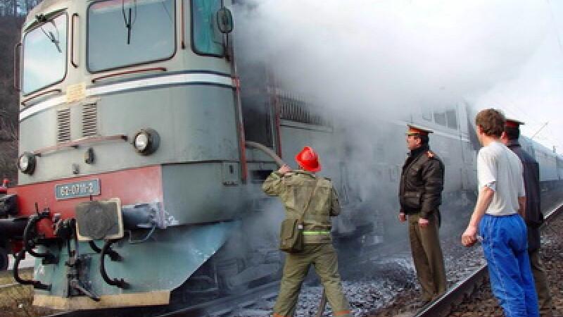 tren cu 100 de vagoane