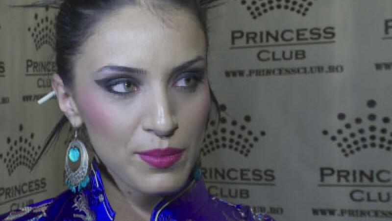 Revista presei: Adelina l-a uitat pe Liviu! Deja isi alege noile verighete