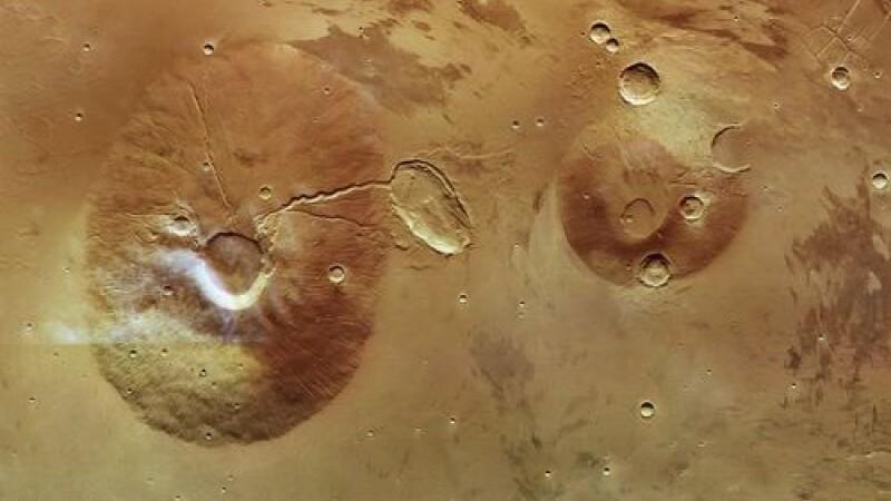 Crater de 35 de kilometri. Vezi unde se afla cel mai mare vulcan. FOTO