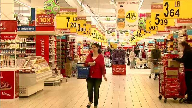 Bilantul cumparaturilor: 7 tone de carne de miel, 26.000 de cozonaci si 17.000 de oua / hypermarket