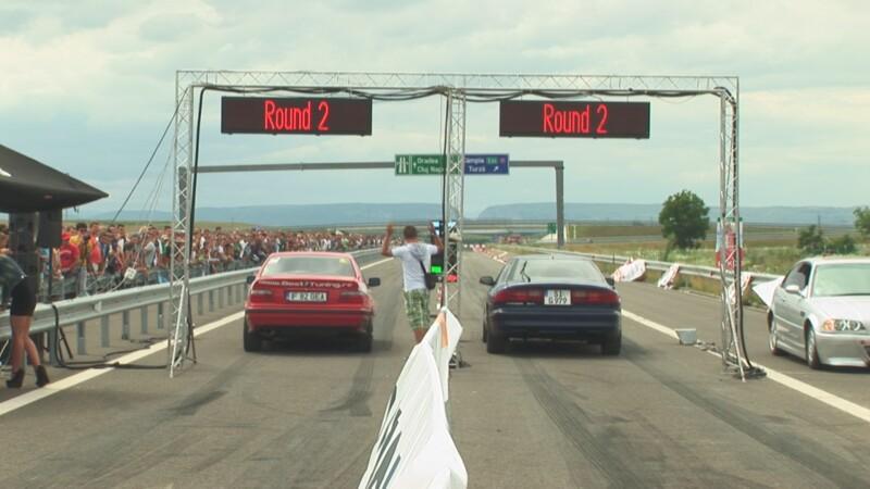 Intreceri pe autostrada A3. O noua editie Transilvania Drag Race, in weekend la Campia Turzii