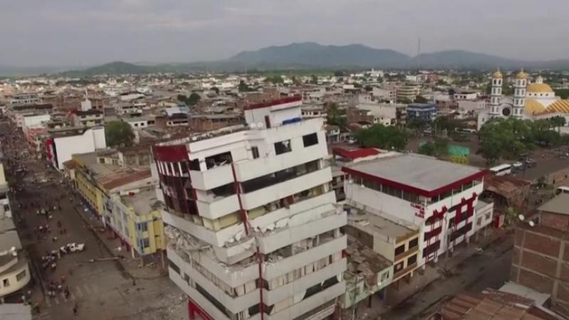 480 de morti, 2500 de raniti si pagube de miliarde de dolari provocate de cutremur in Ecuador. Imagini filmate cu drona