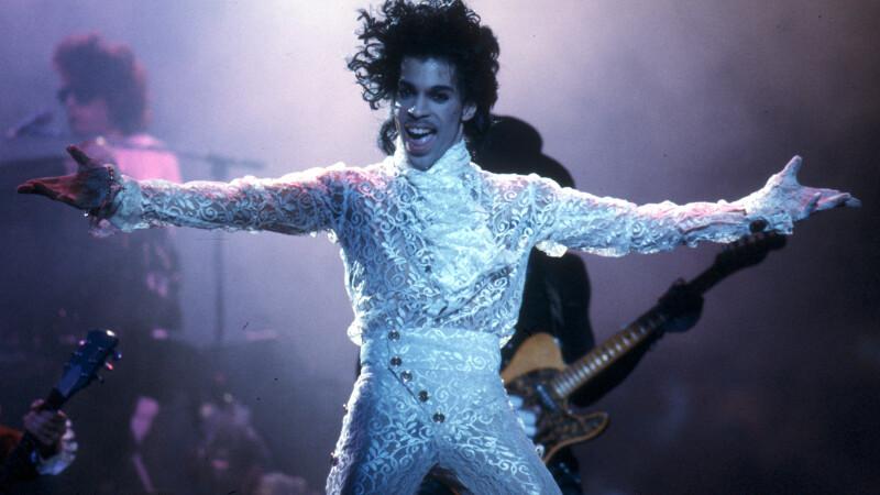 Prince, artistul-fenomen care a revolutionat industria muzicala. Piesele care l-au transformat intr-o legenda