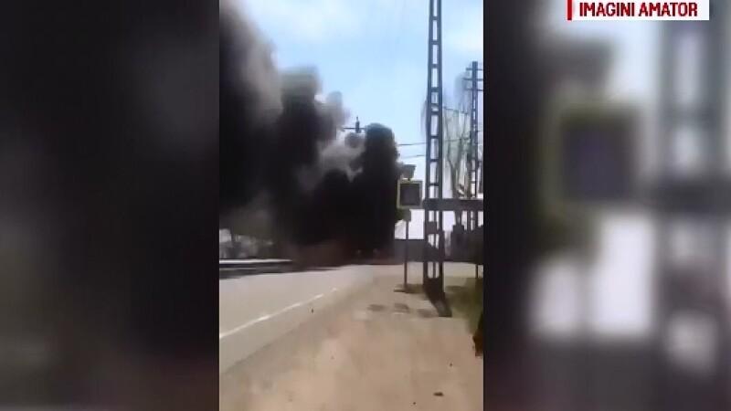 Panica pe o sosea din Maramures, in Pasul Mesteacan, dupa ce un autobuz a fost cuprins de flacari violente. Ce s-a intamplat