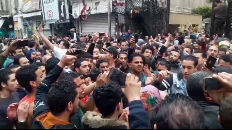 Egiptul declara stare de urgenta pentru 3 luni dupa masacrul de Florii. Israelul a inchis frontiera in Peninsula Sinai
