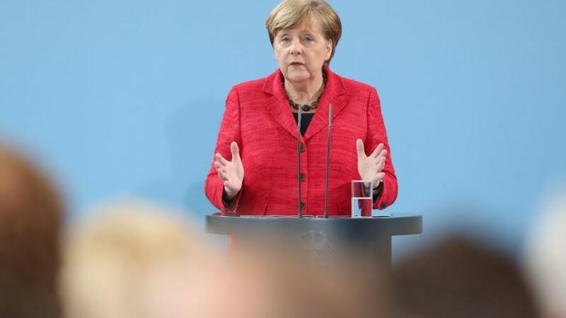 Merkel: Pregatirea summitului G20 e ca si cum ai incerca sa mani o turma de pisici