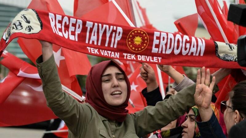 Referendum in Turcia. Erdogan le-a transmis sustinatorilor ca a dus o lupta cu