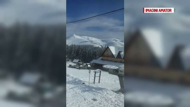 A nins abundent timp de peste 12 ore in statiunea Ranca din Gorj. Stratul de zapada masoara 12 cm
