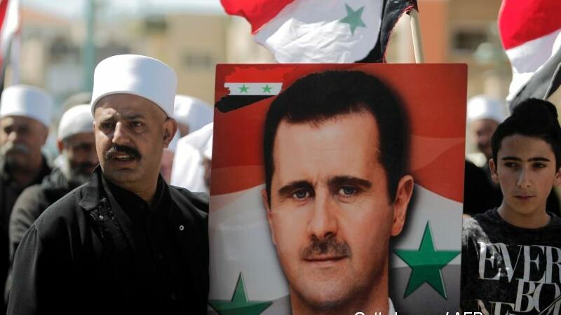 Franta sustine ca va prezenta dovezi in cateva zile ca atacul chimic din Siria a fost provocat de regimul lui al-Assad