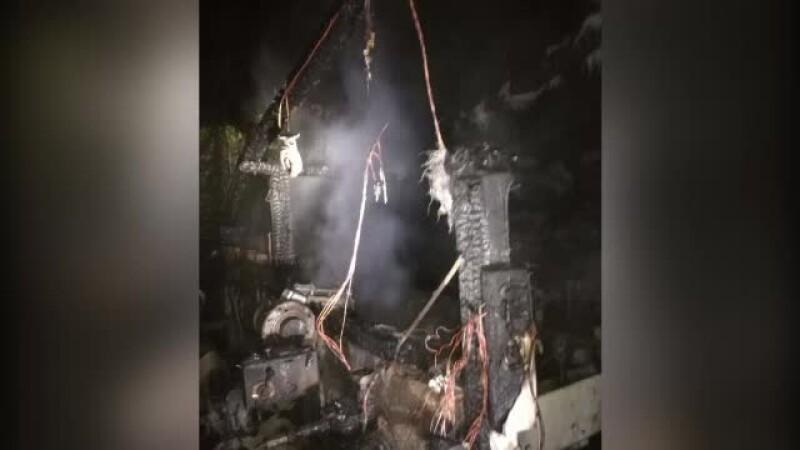 O tanara de 24 de ani din Timis ar fi murit intr-un incendiu. Pompierii i-au gasit trupul dupa ce au stins flacarile
