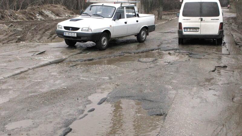 Radu Berceanu: Mi se rupe sufletul cand vad pe ce drumuri merg cu masina