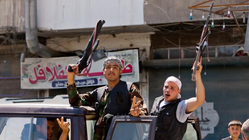 Armata siriana a ATACAT o ambarcatiune care transporta presupusi