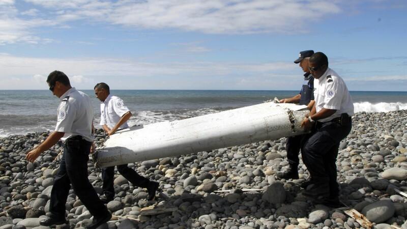 Franta confirma oficial ca bucata de aripa gasita pe Insula Reunion este de la MH370
