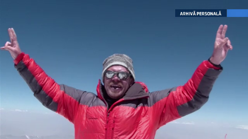 Record pentru Romania. Un salvamontist si un avocat au cucerit pe schiuri varful Muztagh Ata din Tibet, de 7.546 metri