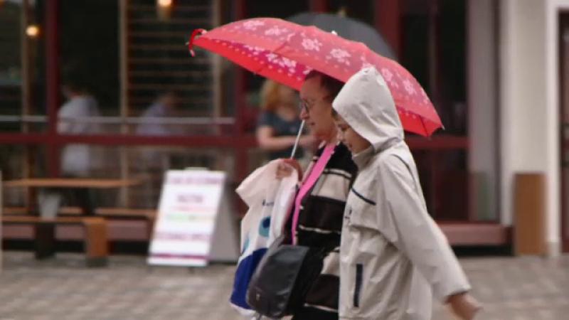 Meteorologii anunta ploi torentiale in toata tara, pana marti dimineata. Zonele in care vantul va avea viteze mari