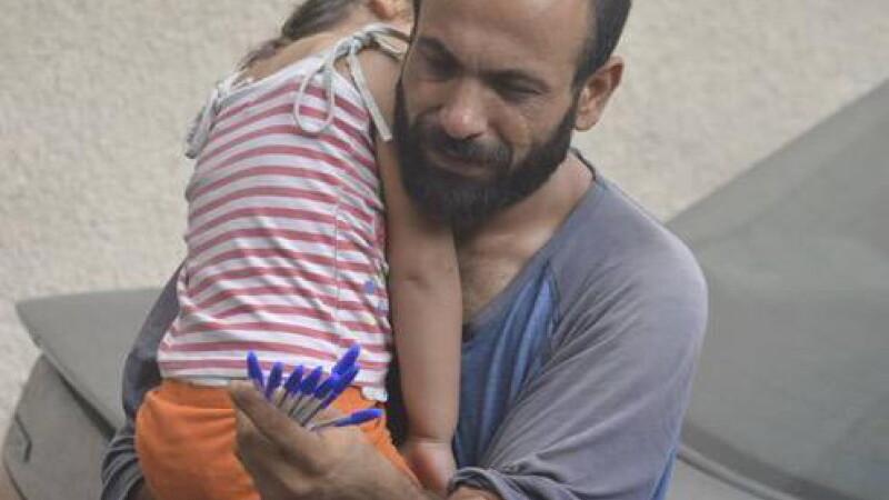 Ce s-a intamplat cu refugiatul care vindea pixuri pentru a-si intretine copiii. Gestul unui norvegian i-a schimbat viata