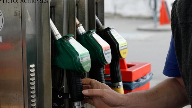 Cu cat se ieftinesc benzina si motorina dupa scaderea TVA-ului de la 1 ianuarie. Preturile anuntate de companiile petroliere
