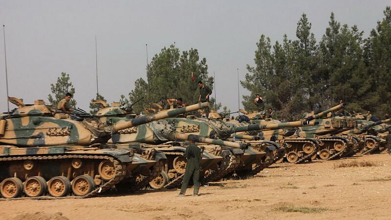 Soldatii turci au deschis focul asupra kurzilor. Experti: Ankara vrea sa evite constructia unui Kurdistan autonom sirian