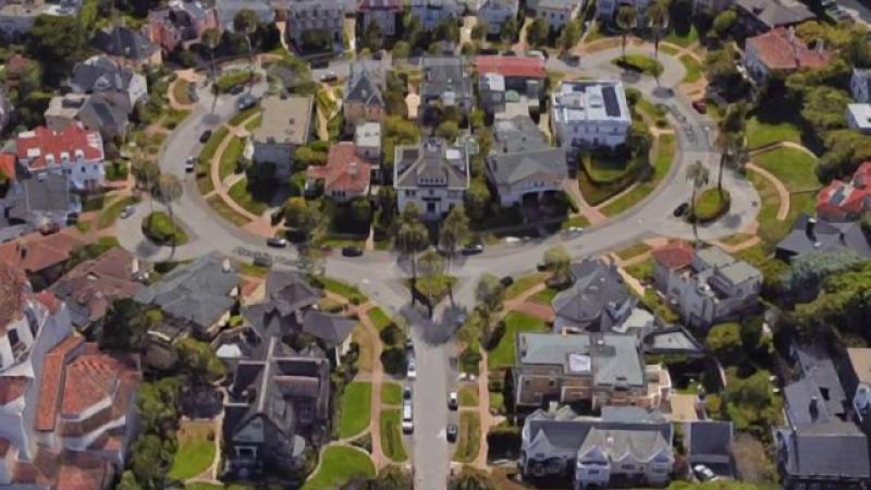 Un cuplu de imigranţi chinezi a cumpărat o stradă privată din San Francisco iritând bogătașii din zonă