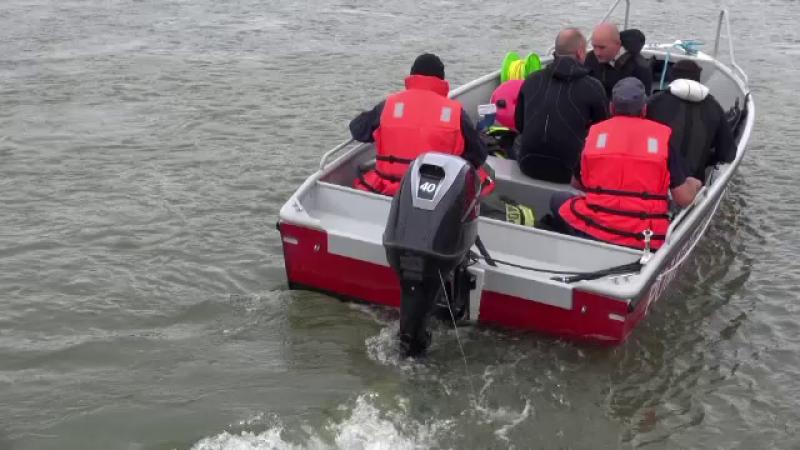 Bărbat de 57 de ani, găsit înecat după ore de căutări. Ce spun colegii