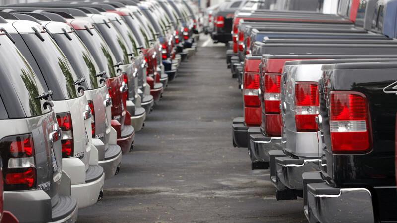 Producatorii si importatorii de autoturisme: Nu eliminati taxa auto!