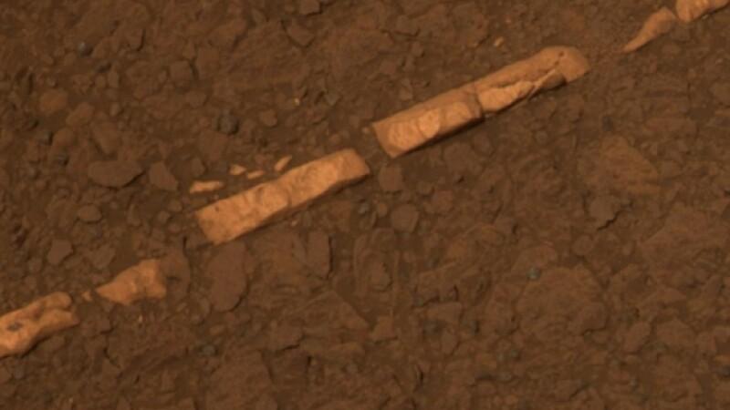 NASA, uimita de noile fotografii de pe Marte! Robotul Opportunity s-a impiedicat de ceva