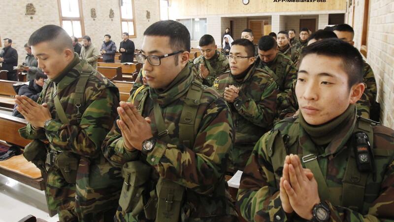 Luminile de Craciun pot declansa un razboi. Coreea de Nord ameninta Coreea de Sud