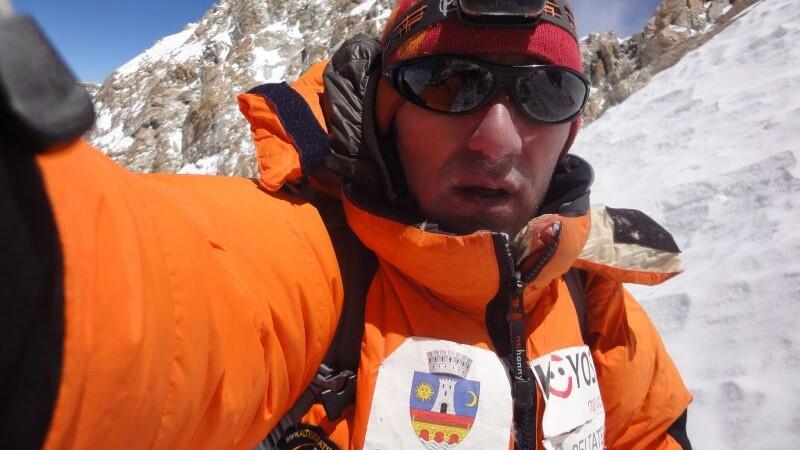 Horia Colibasanu va cuceri Varful Lhotse din Muntii Himalaya cu cateva zile de intarziere.Afla de ce