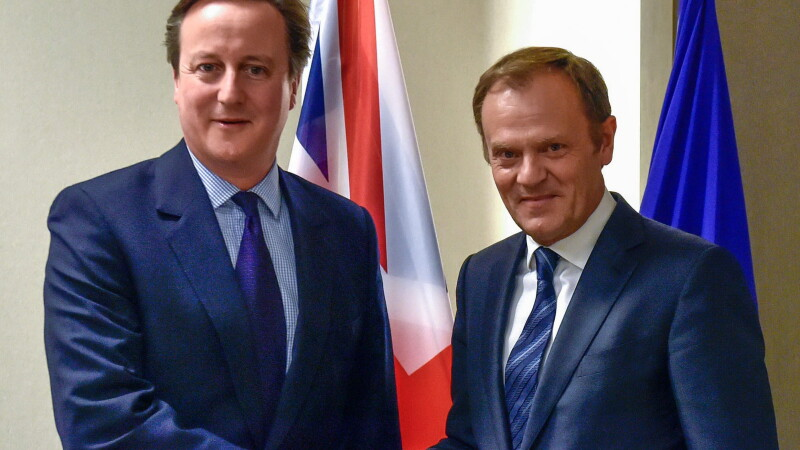 Donald Tusk: Migrantii sa fie retinuti timp de 18 luni inainte de a intra in UE
