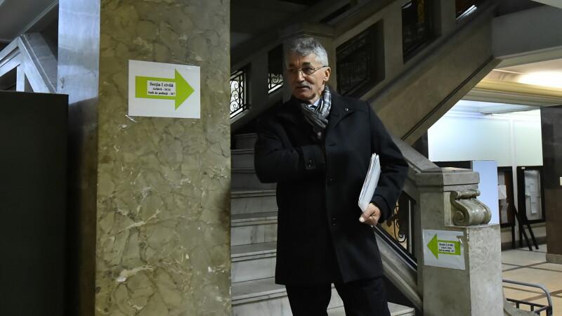 Ioan Oltean, deputatul acuzat ca a luat spaga in curtea unei biserici, ramane sub control judiciar