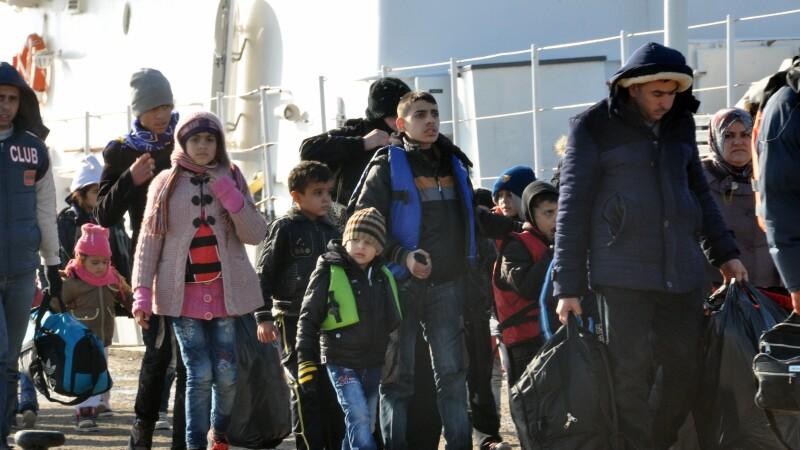 Peste un milion de migranti au sosit in Europa pe mare in 2015. Aproape 4.000 au murit in calatorii periculoase
