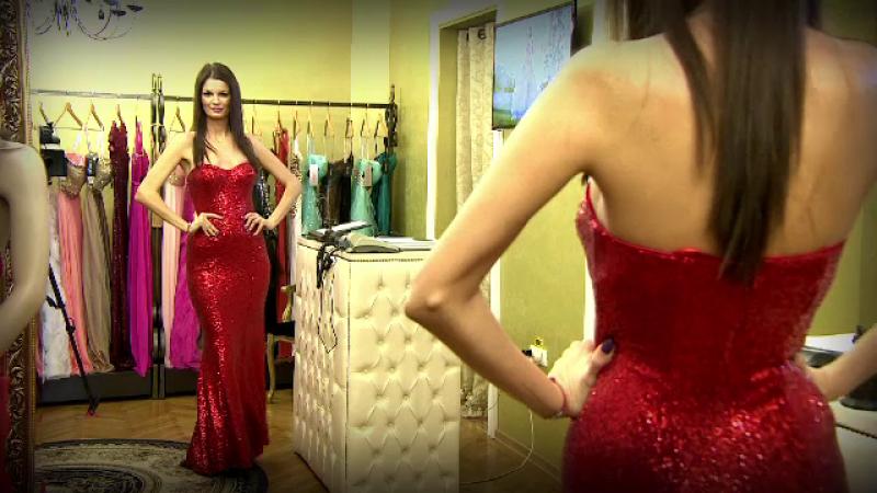 Au inchiriat rochii de mii de euro si s-au pregatit pentru o noapte de gala. Tinutele doamnelor pentru un Revelion de 5 stele