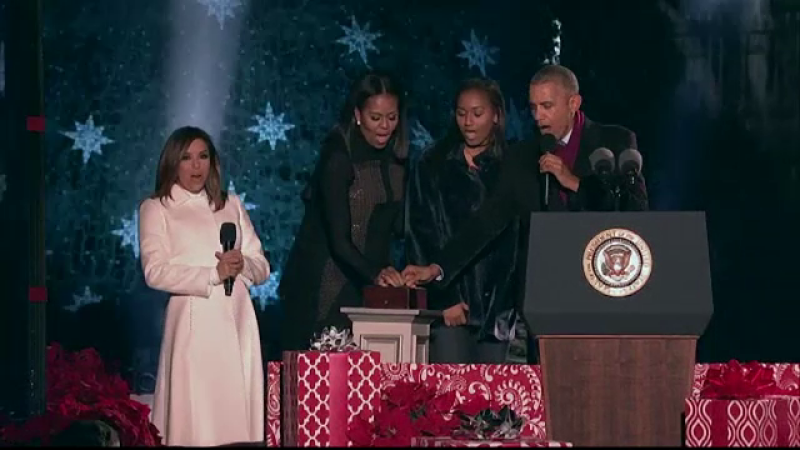 Barack Obama a inaugurat pentru ultima oara bradul de Craciun din Washington. Mesajul presedintelui SUA