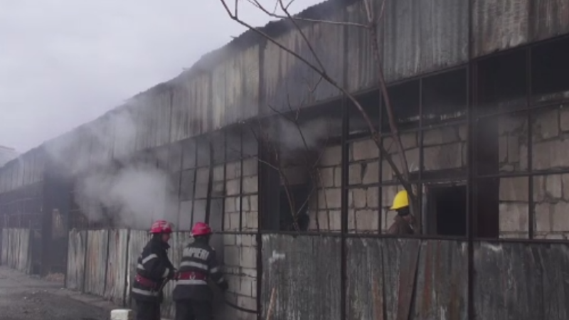 Explozie urmata de un incendiu violent in portul Constanta. Greseala banala care a aprins focul