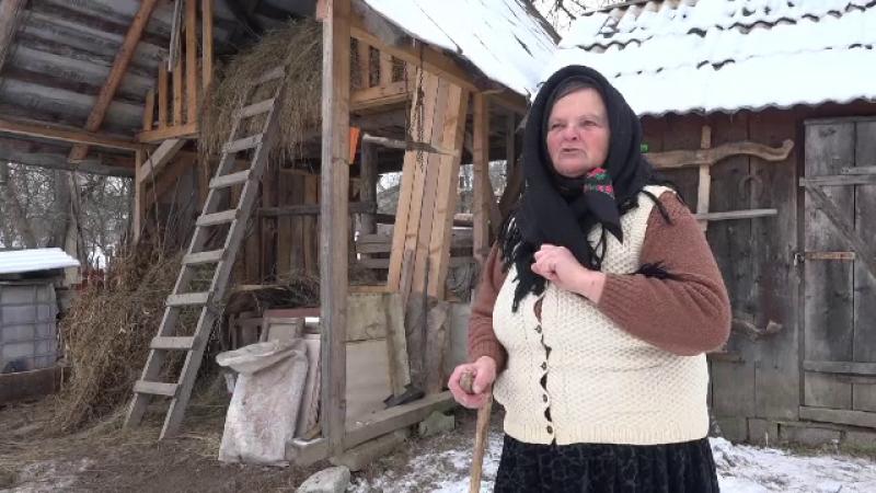 Imagini pentru Masă în sat