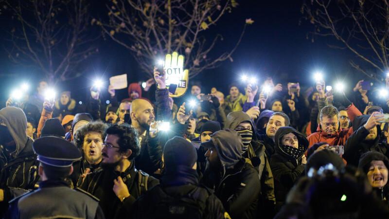 Filmul protestului de la Parlament. Deputatul PSD care s-a ales cu dosar penal se apără