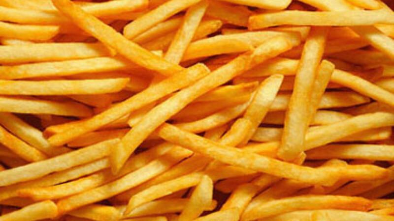 Comoara ascunsa in gunoi. Ce poti sa faci cu uleiul in care prajesti cartofii