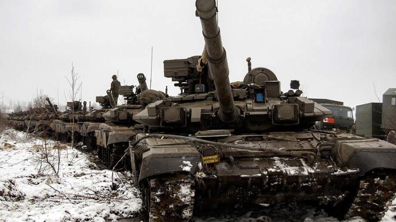 Rusia a anuntat ca razboiul rece a reinceput. Mesajele dure ale sefului NATO si premierului de la Kremlin